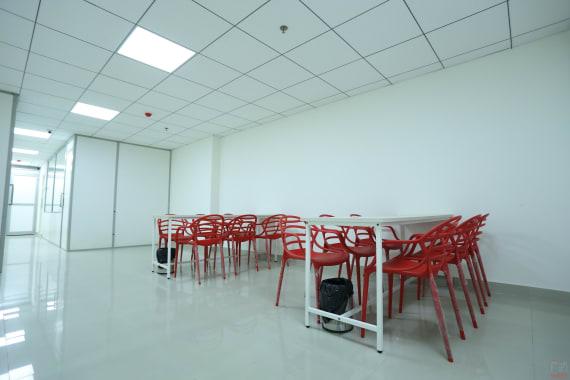 15 seaters Open Desk Ludhiana Gurudev Nagar mybranch-ludhiana