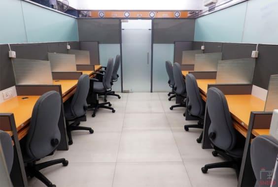 26 seaters Open Desk Mumbai Santacruz officenow