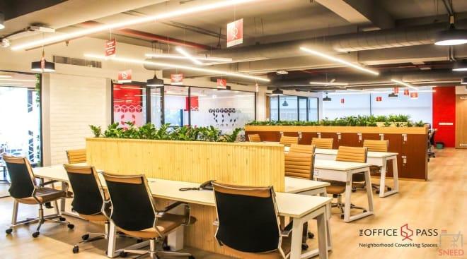35 seaters Open Desk Noida Sector 4 the-office-pass-noida