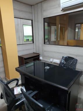 8 seaters Private Room New Delhi Dwarka peer2desk
