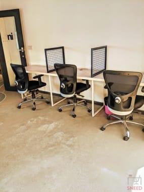 6 seaters Private Room Bangalore CV Raman Nagar transconseil-workspace