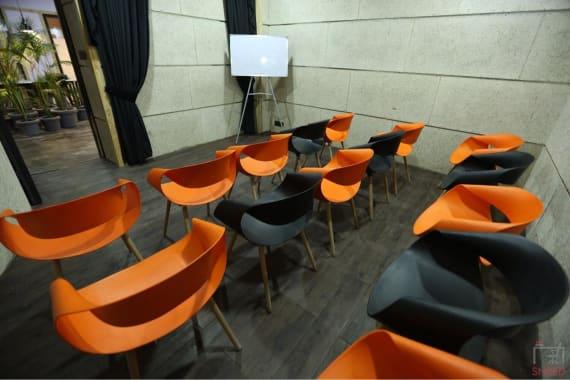 12 seaters Training Room Noida Sector 127 kocreate