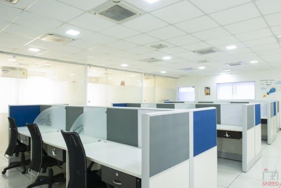 29 seaters Open Desk Bangalore Malleshwaram share-studio-malleshwaram