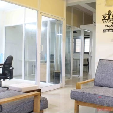 9 seaters Private Room Pune Baner excella-coworking-space