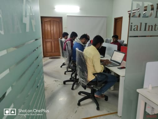 8 seaters Open Desk Hyderabad Madhapur feednet-solutions