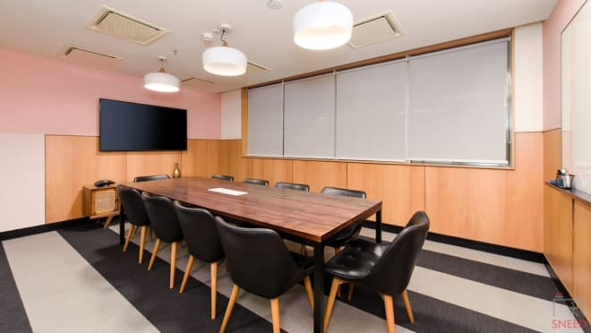 10 seaters Meeting Room Bangalore Domlur wework-embassy-golf-link