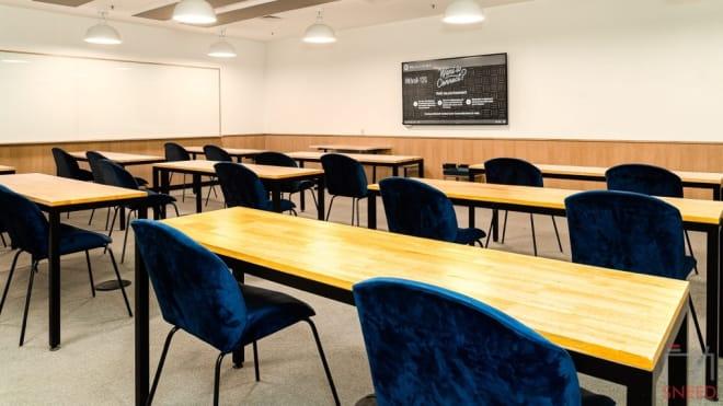 18 seaters Meeting Room Mumbai Powai wework-247-park