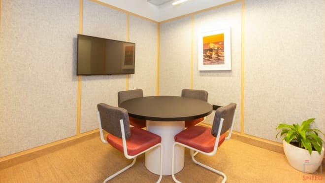 5 seaters Meeting Room Mumbai Goregaon (East) wework-oberoi-commerz-ii