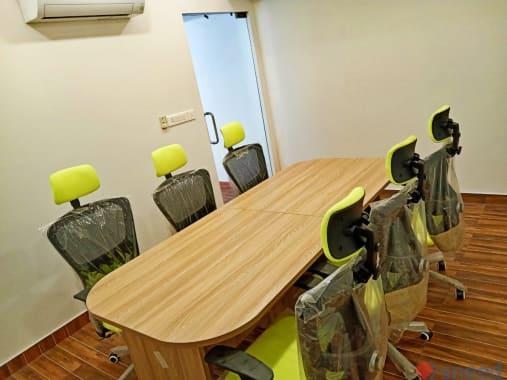 6 seaters Meeting Room Cochin MG Road wolfpack-kochi
