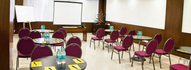 14 seaters Training Room Bangalore KR Puram evoma-omr