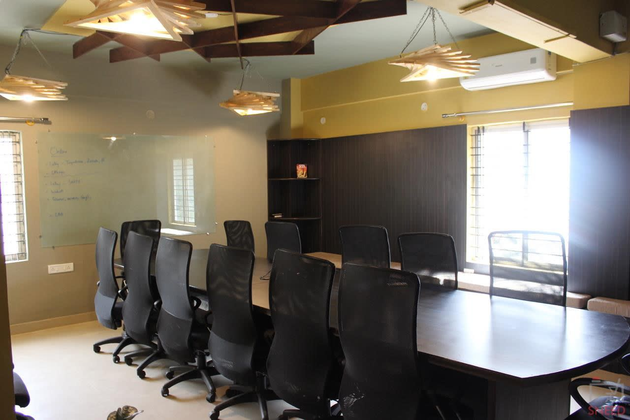 16 seaters Meeting Room image