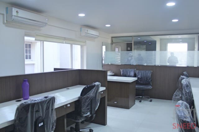 37 seaters Open Desk image