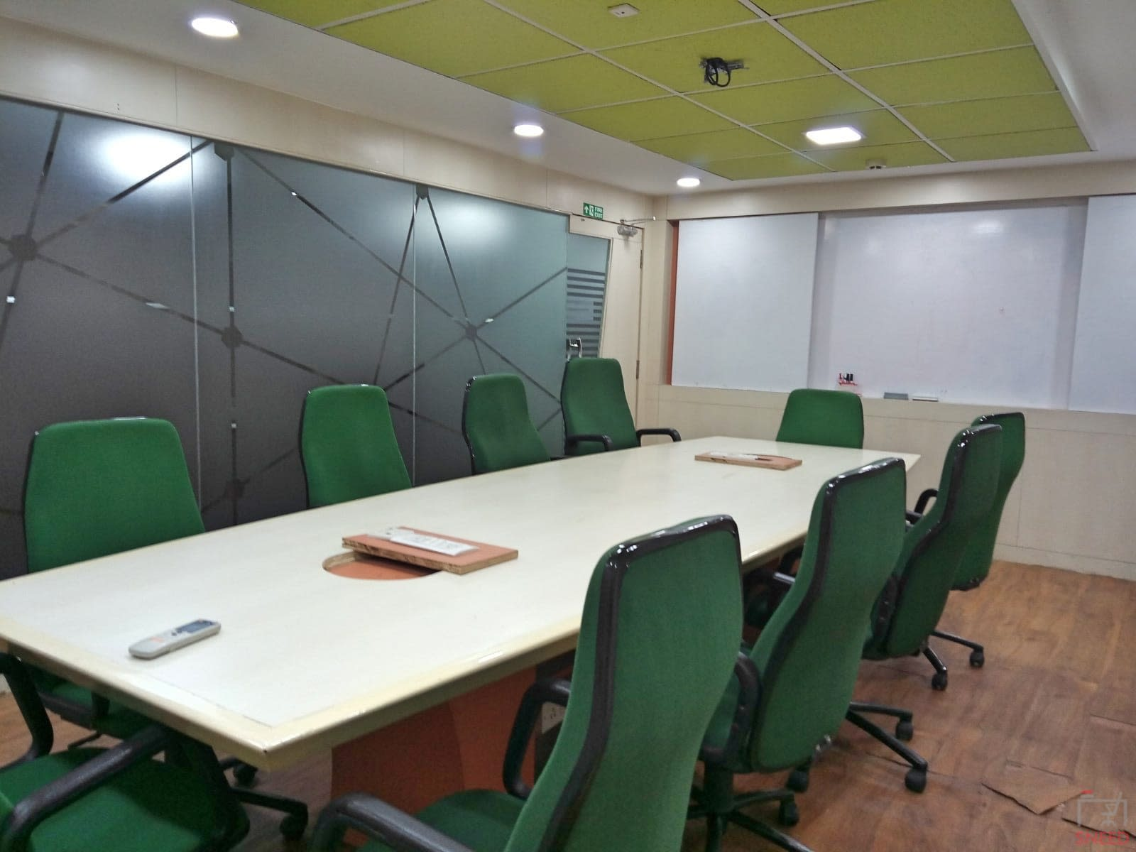 10 seaters Meeting Room image