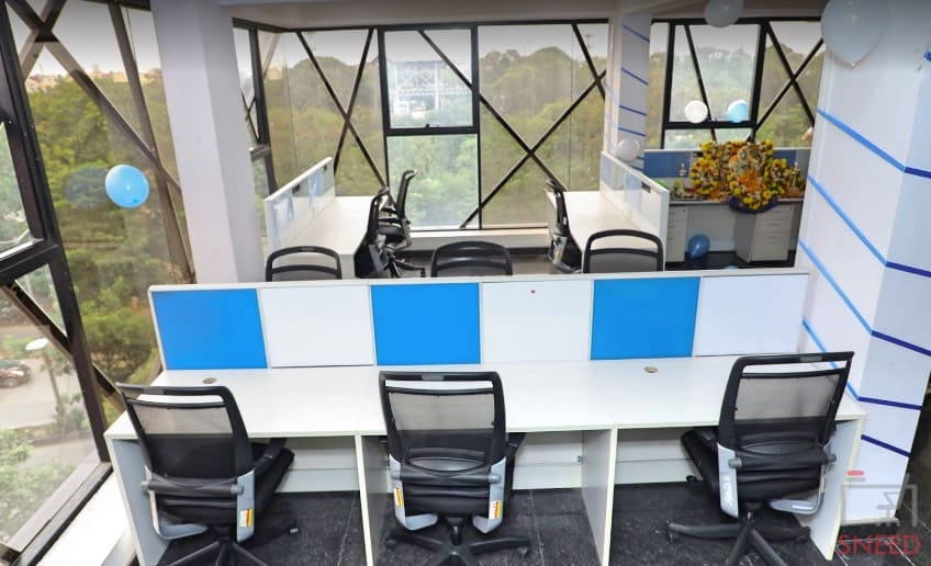 31 seaters Open Desk image
