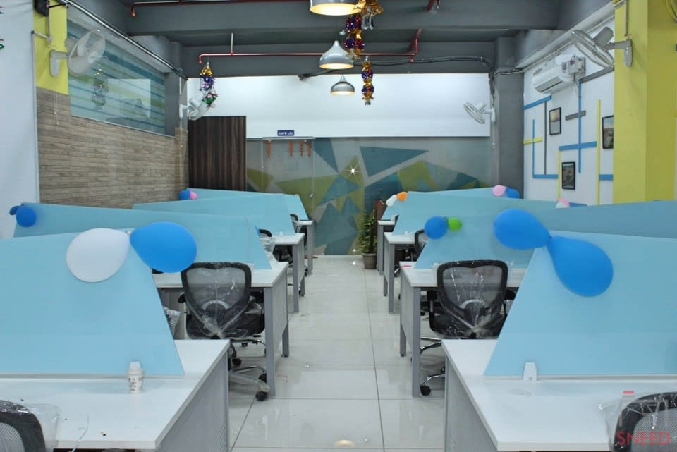 40 seaters Open Desk image