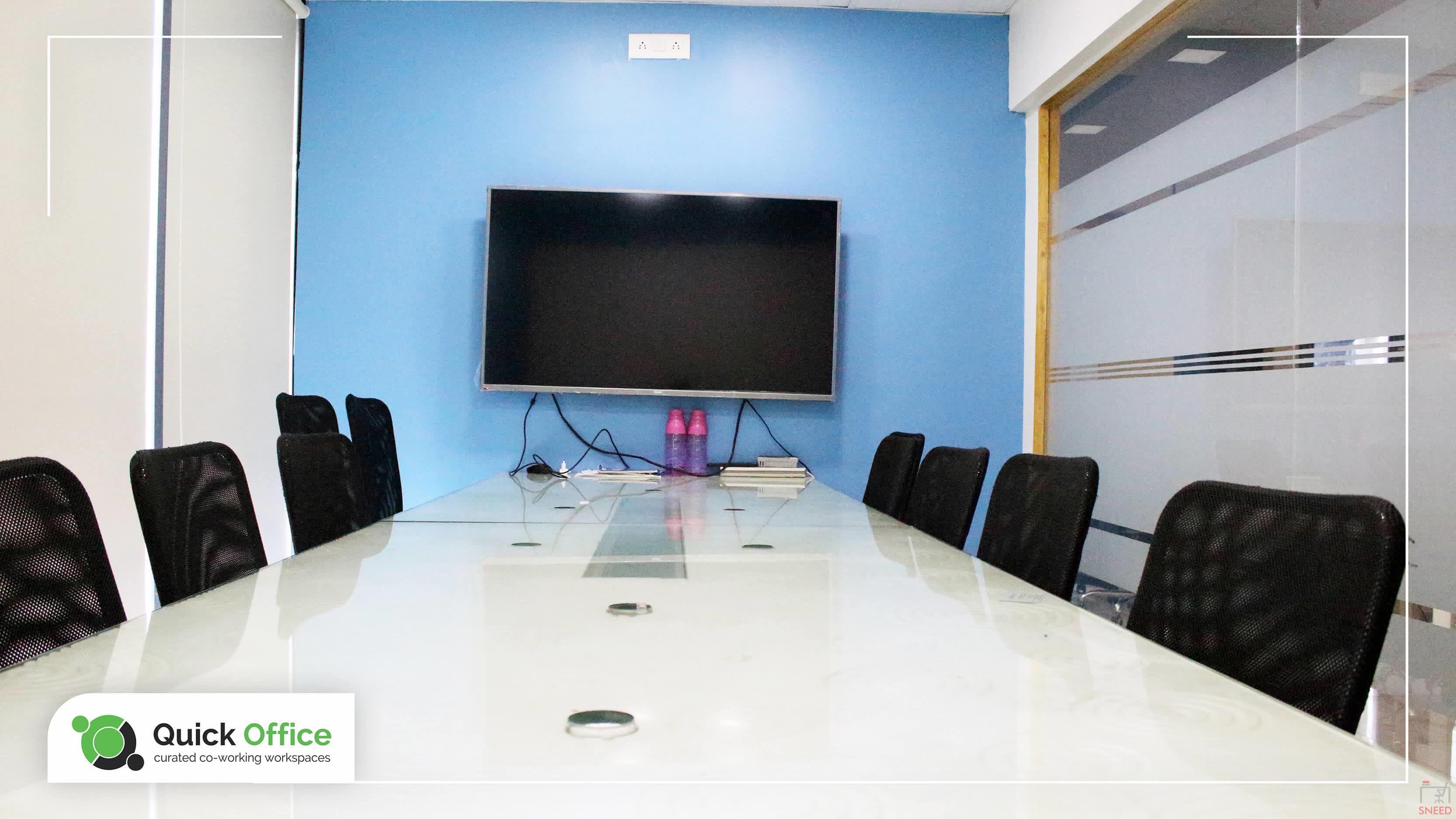 10 seaters Meeting Room image