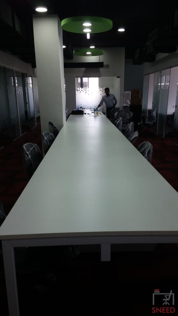 17 seaters Open Desk image