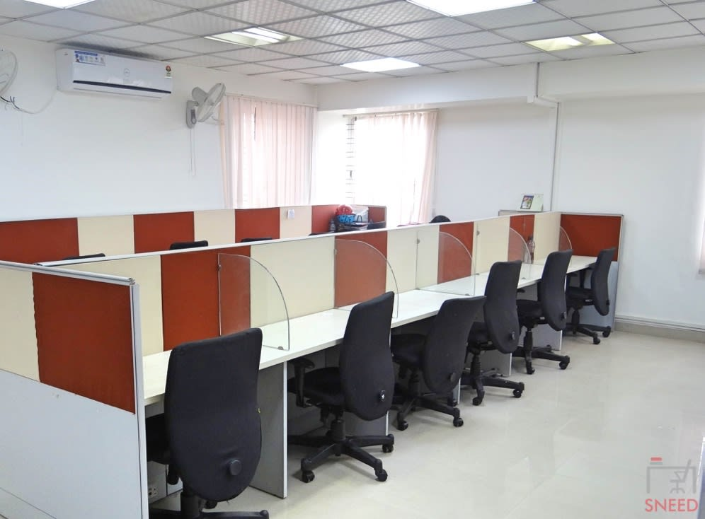 26 seaters Open Desk image