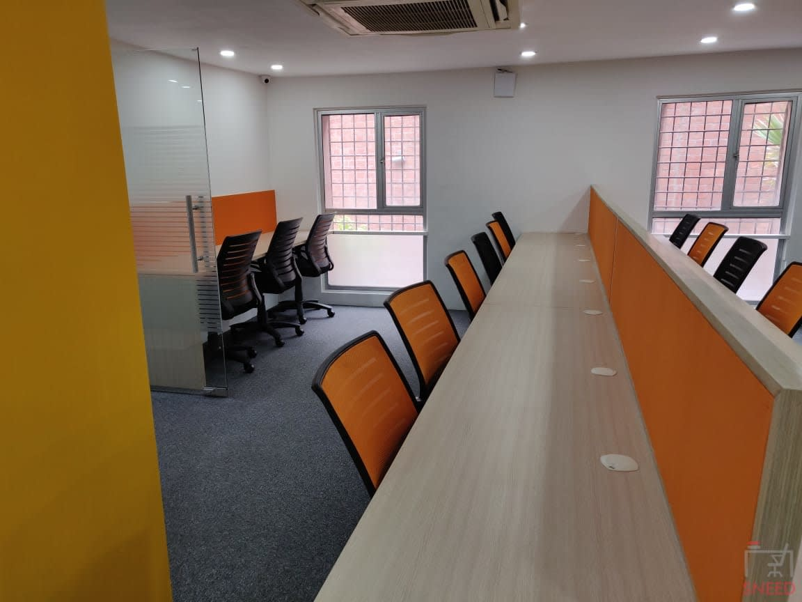 25 seaters Open Desk image