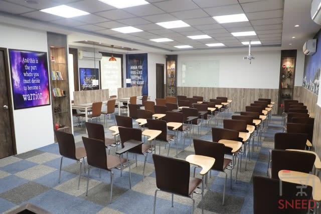 75 seaters Training Room image