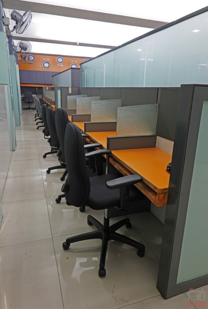 29 seaters Open Desk image