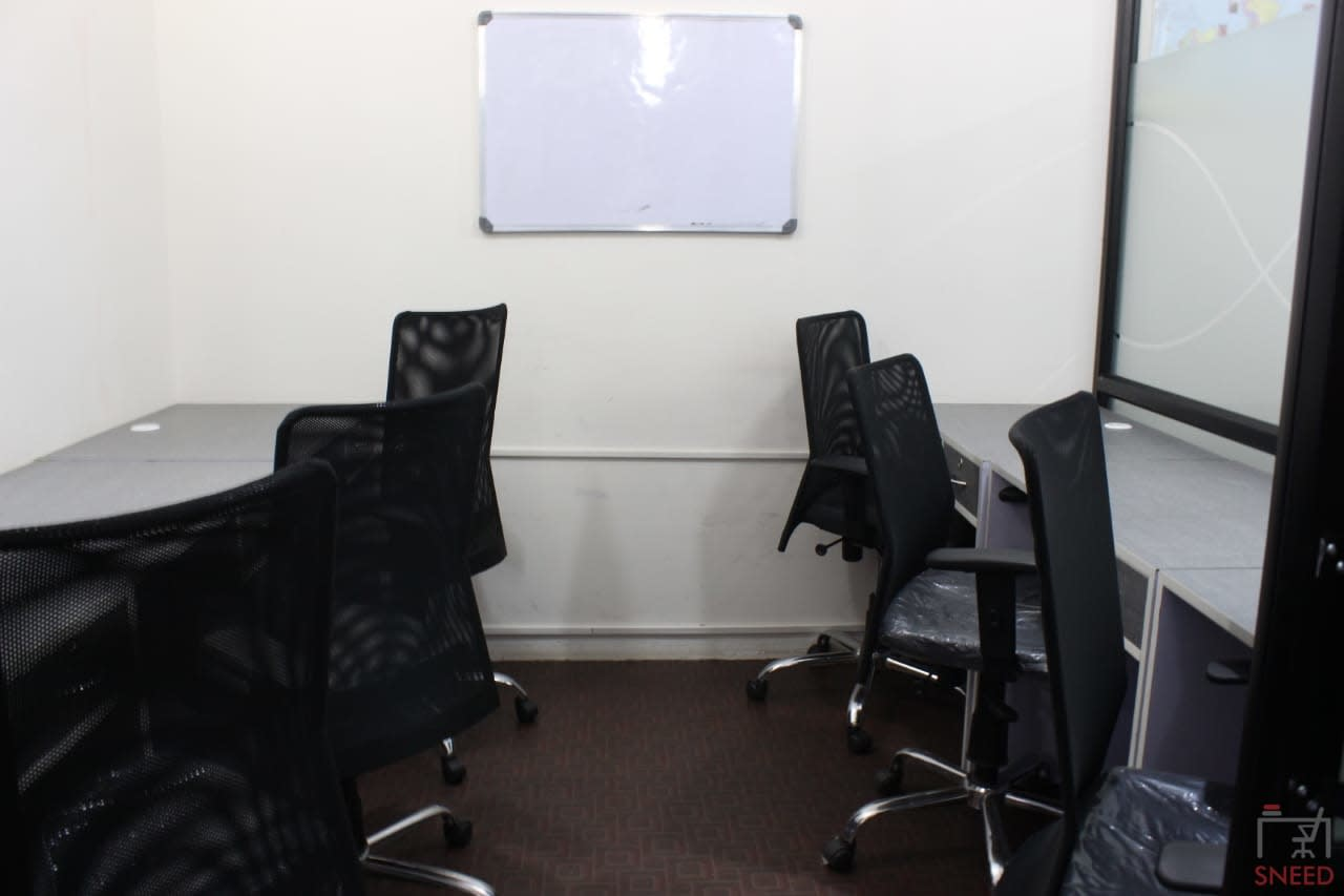 6 seaters Private Room image