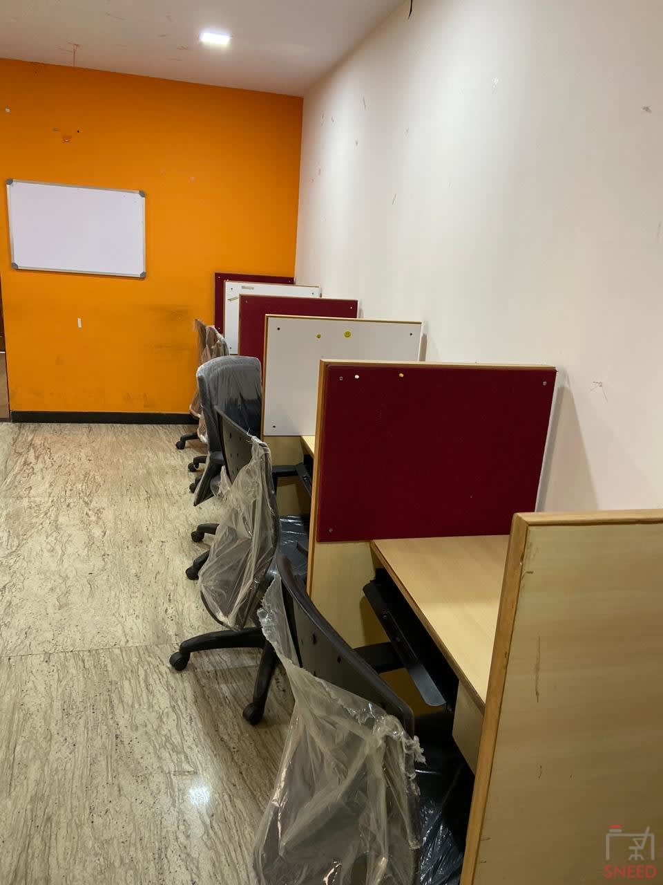 8 seaters Open Desk image