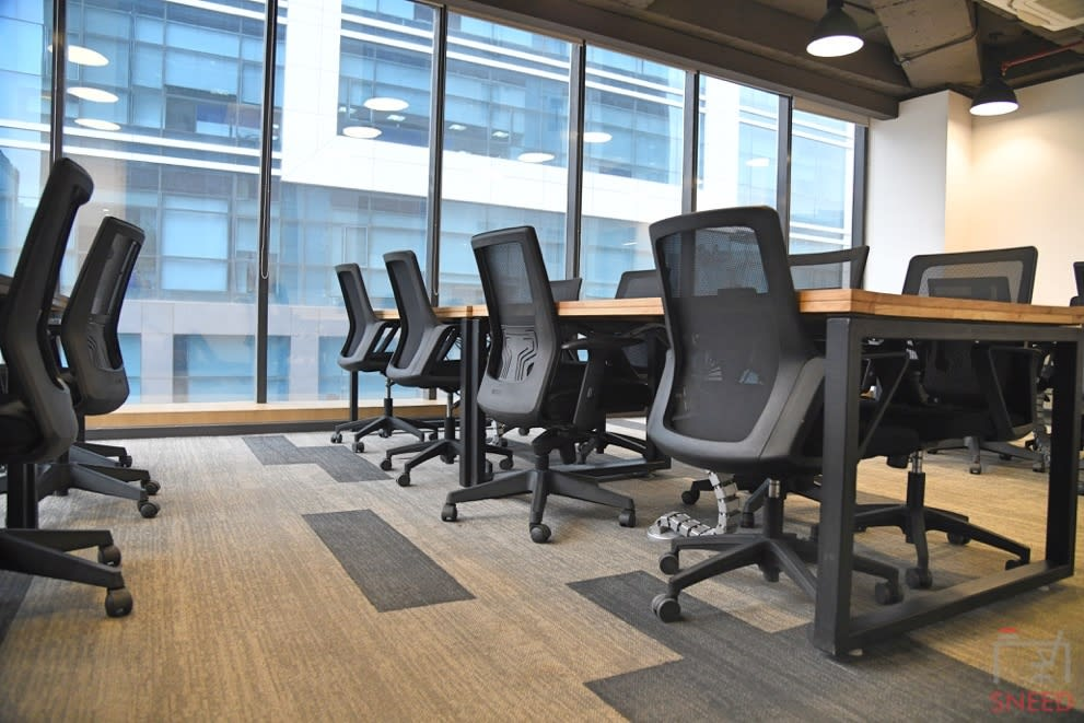 24 seaters Open Desk image