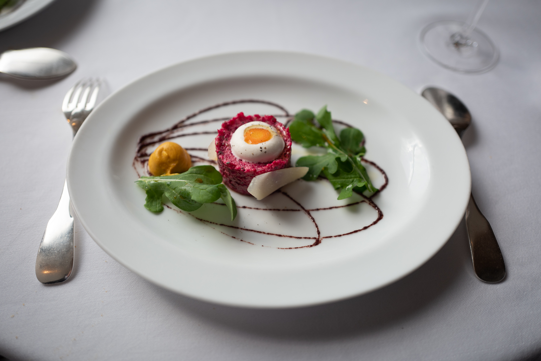 A stunning beef tartare