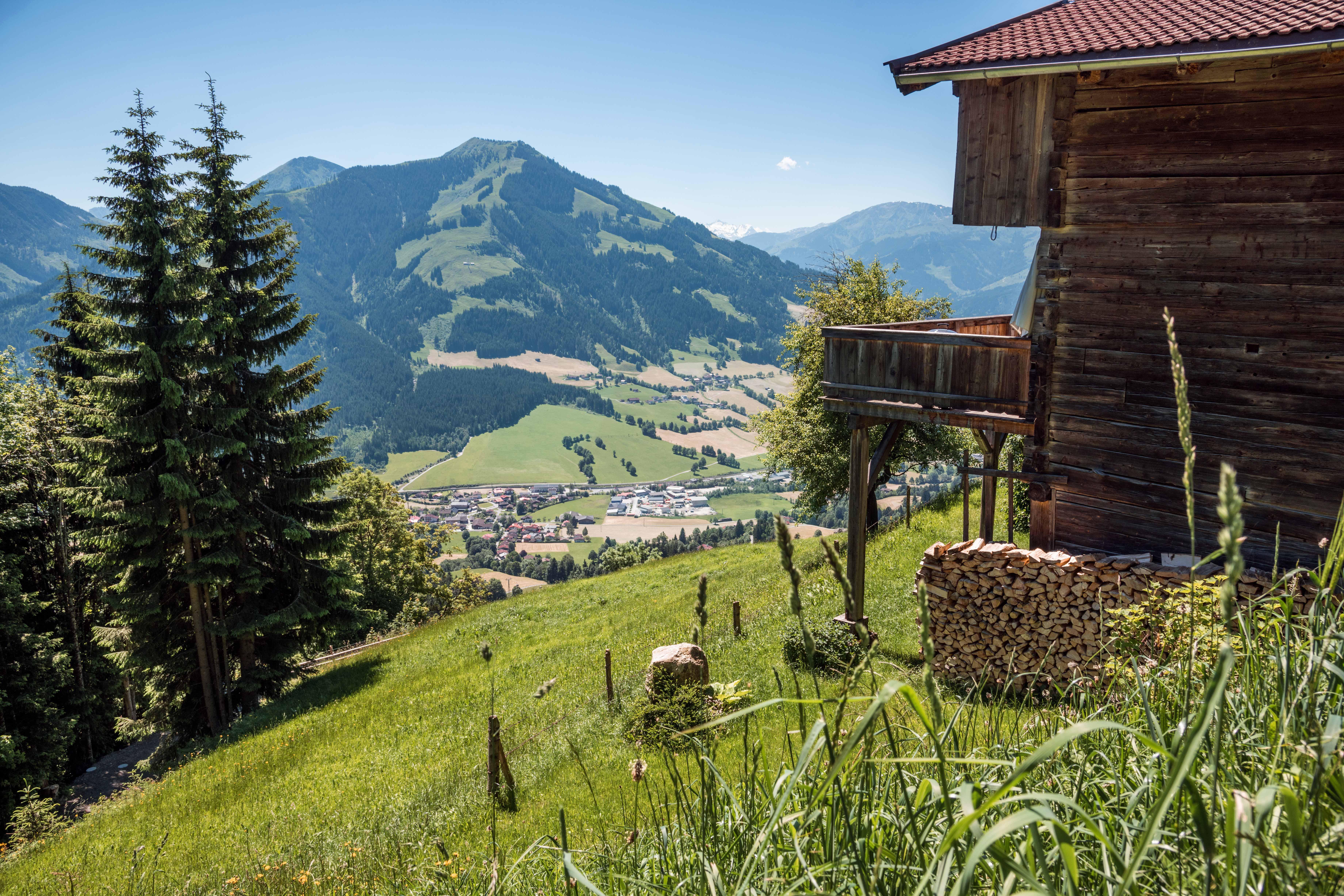 Uitzicht op Brixen im Thale