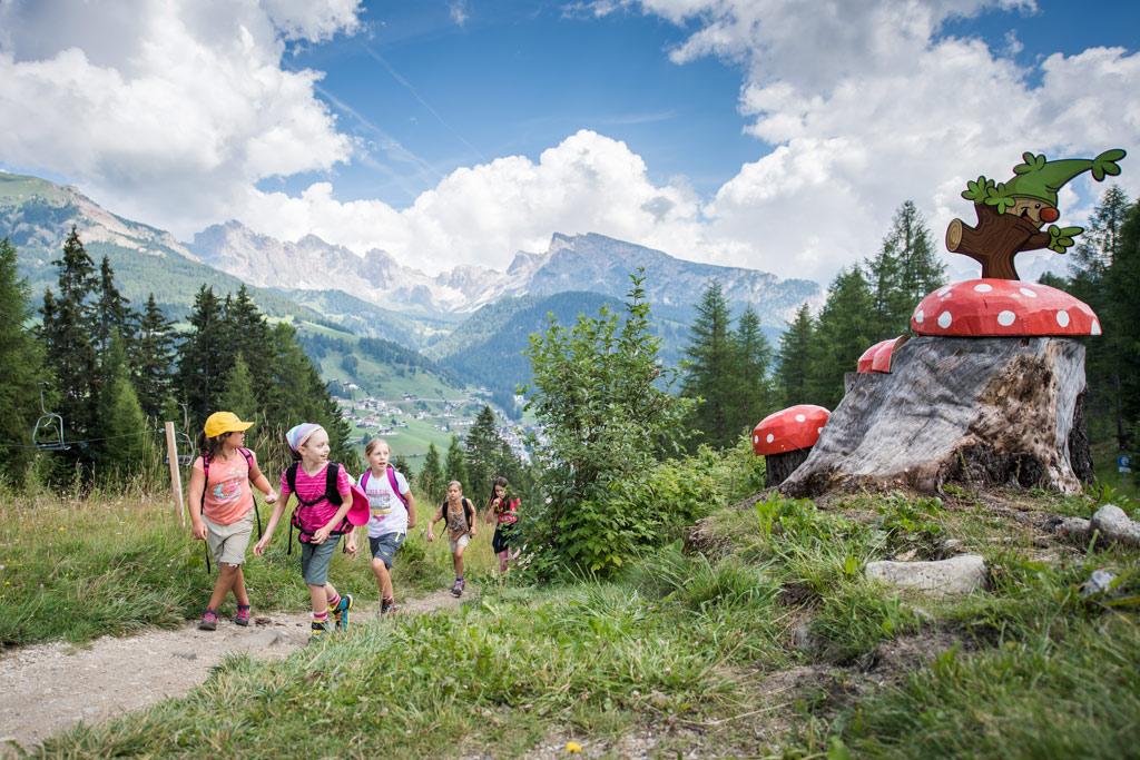 Kinderen in de bergen
