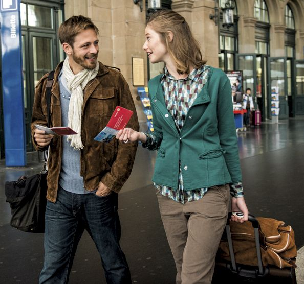 Les CFF testent un nouveau service bagages pour groupes voyageant en train sur leur réseau.