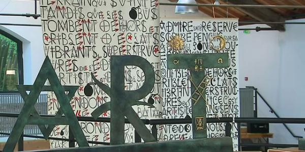 Jacques Villeglé, l'innovateur du street art, expose ses nouvelles oeuvres