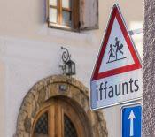 Le romanche, quatrième langue suisse et curiosité régionale