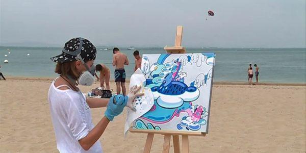 Du street-art sur la plage