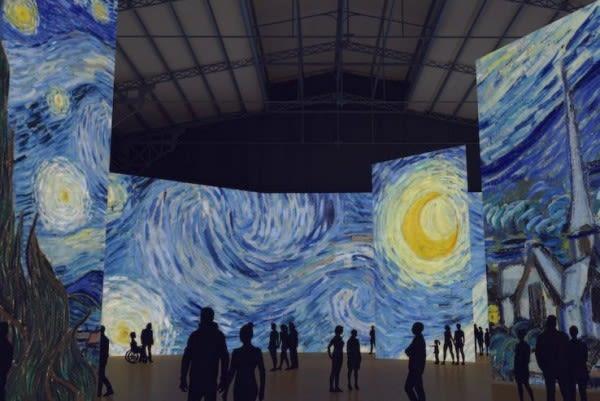 L'exposition Imagine van Gogh  se déroule à la Villette  jusqu'au 10 septembre 2017
