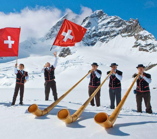 Le cor des Alpes : un son qui traverse les montagnes, pimente aussi vos événements