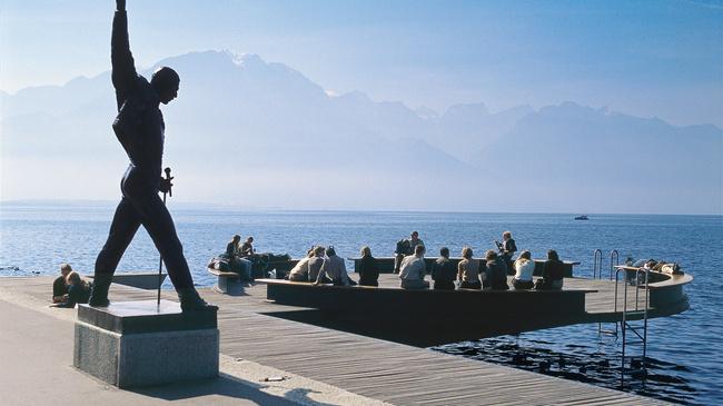 Montreux quai statue freddy mercury