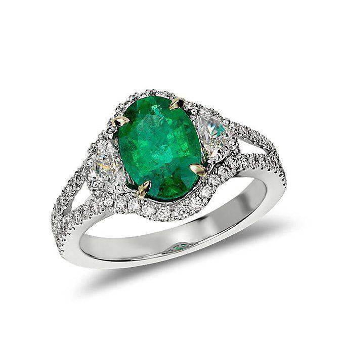 emerald-engagement-rings-blue-nile-heirloom-emerald-28