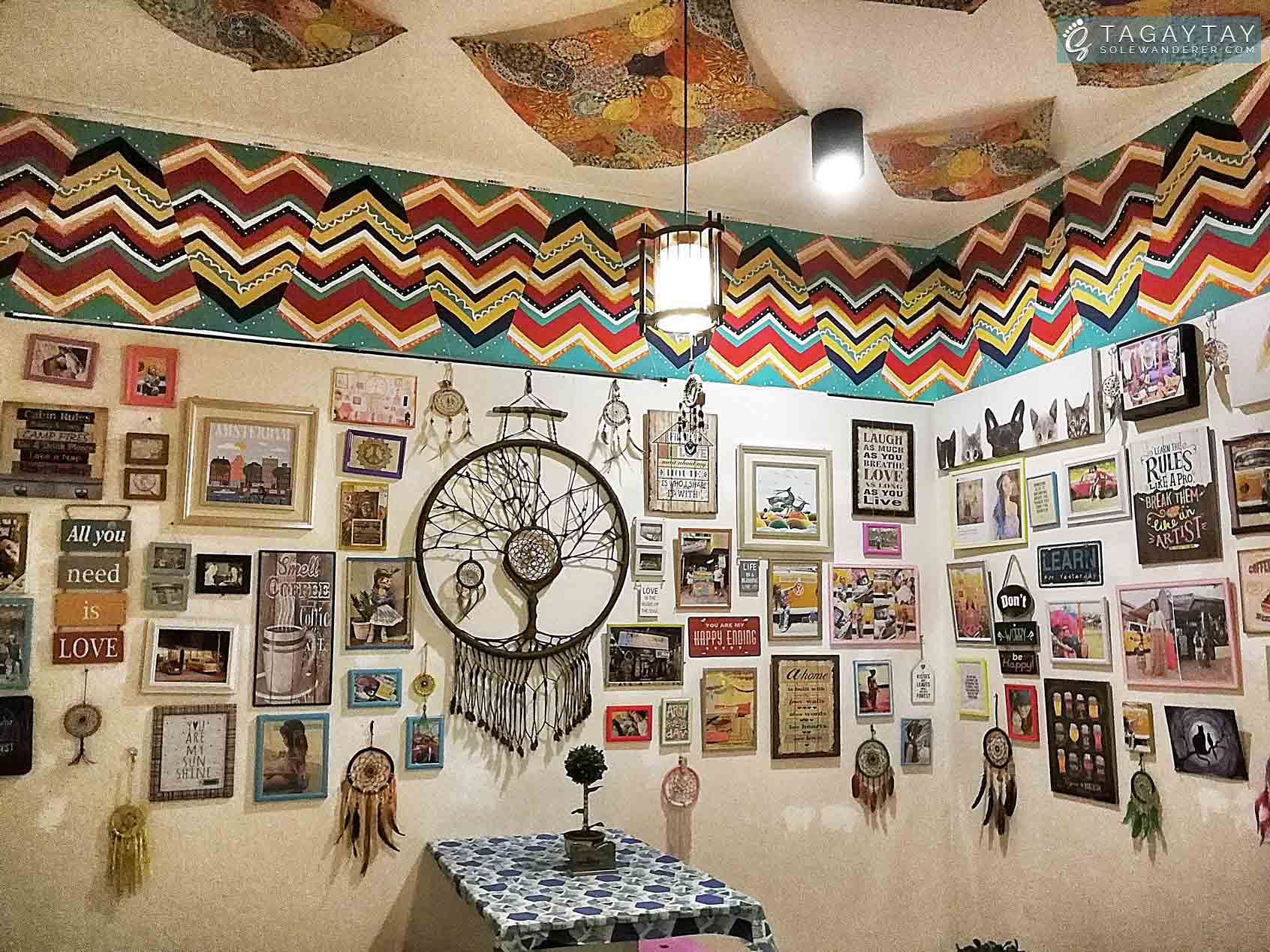 More Crafts at the Café Walls