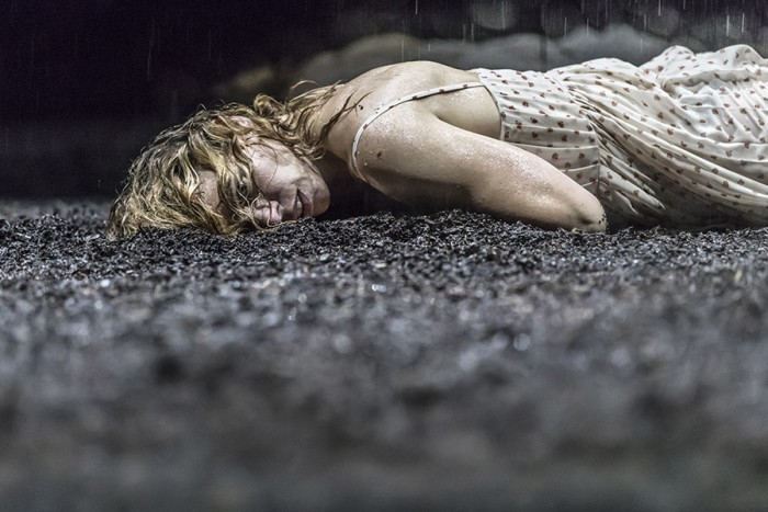 Billie Piper in Yerma at the Young Vic (Photo: Johan Persson)