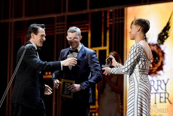 Jamie Parker (who portrayed Harry Potter) accepts the Best Actor Award at the Olivier Awards 2017 with Mastercard ceremony (Photo: Getty Images)