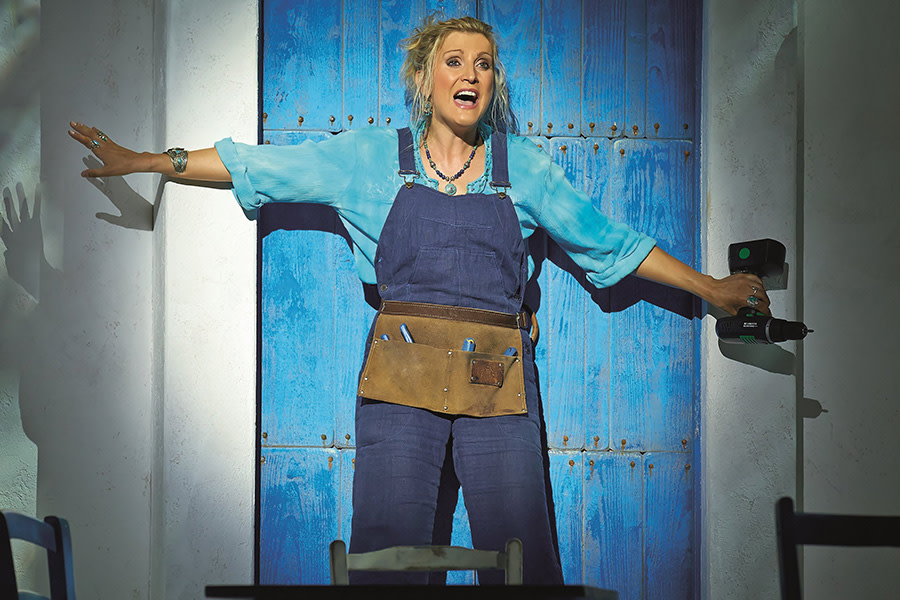 mamma mia concert essays Opening the 51st season of woodminster summer musicals is the international smash hit mamma mia, based on the songs of abba the charming, funny story follows the.