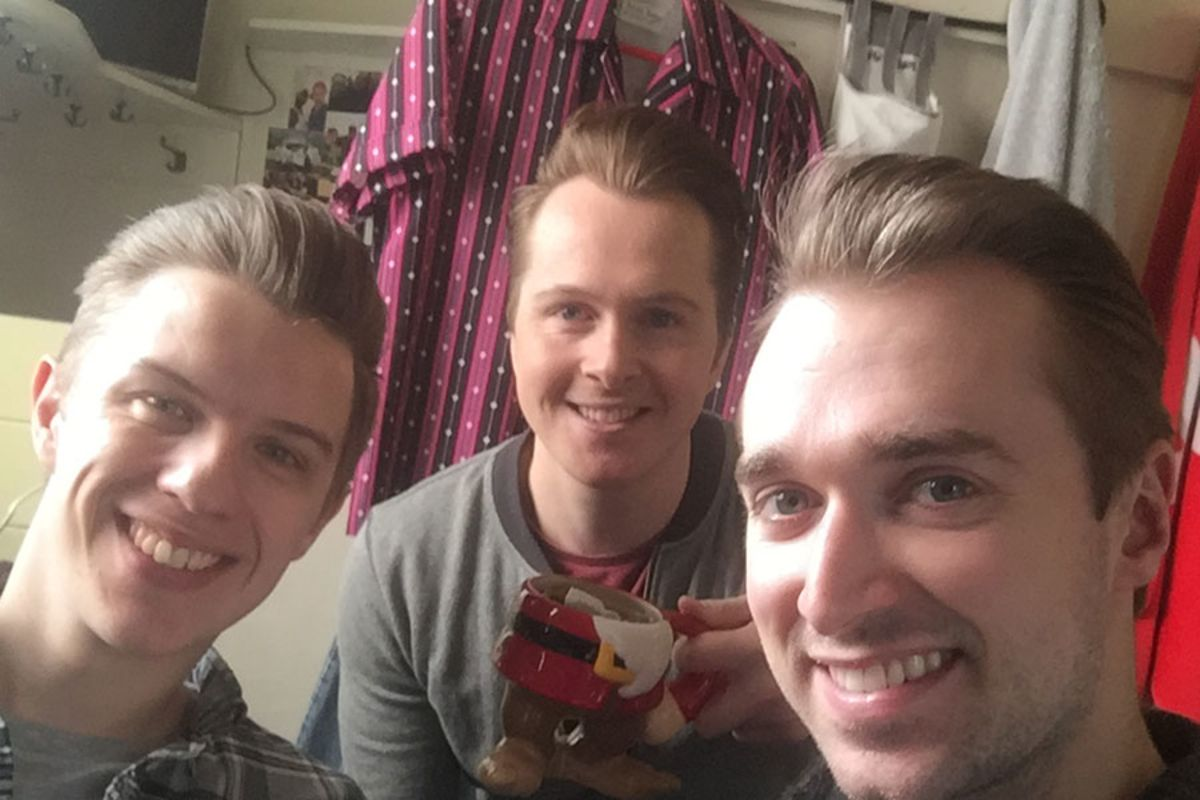 Dayle Hodge and Jersey Boys swings