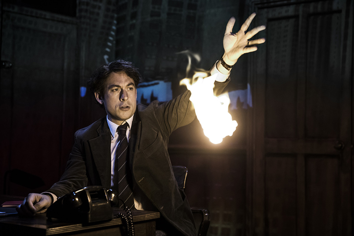 Chris New (Daniel Quinn) in Paul Auster's City Of Glass at the Lyric Hammersmith (Photo: Jonathan Keenan)
