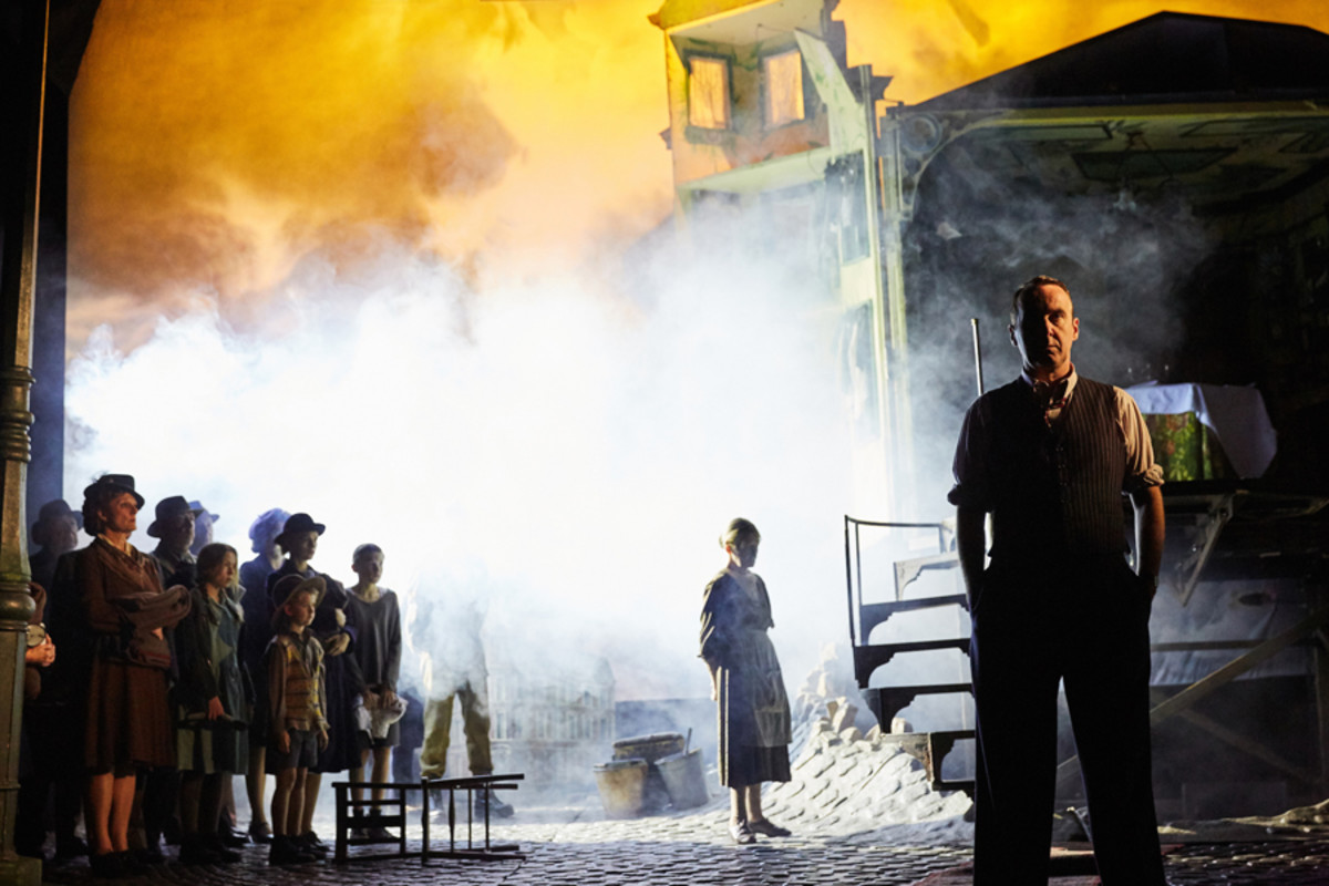 Liam Brennan in An Inspector Calls at the Playhouse Theatre (Photo by Mark Douet)