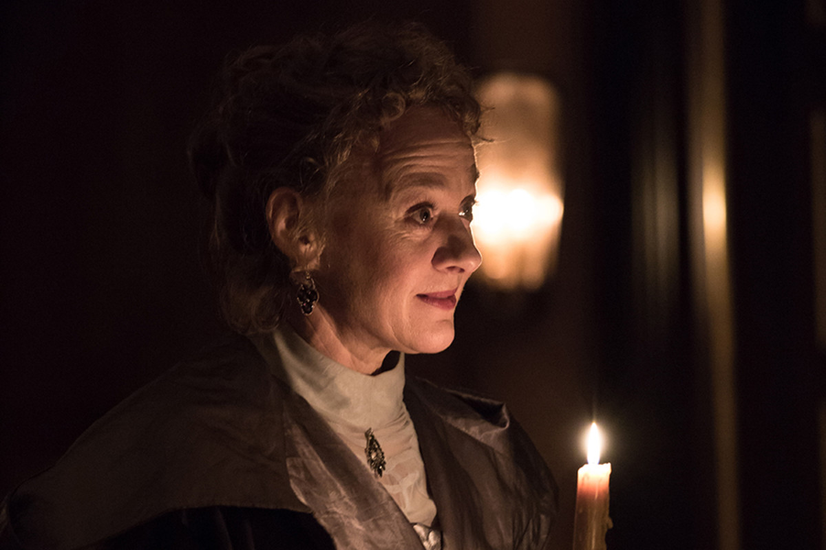 Niamh Cusack in The Winter's Tale at the Sam Wanamaker Playhouse (Photo: Marc Brenner)