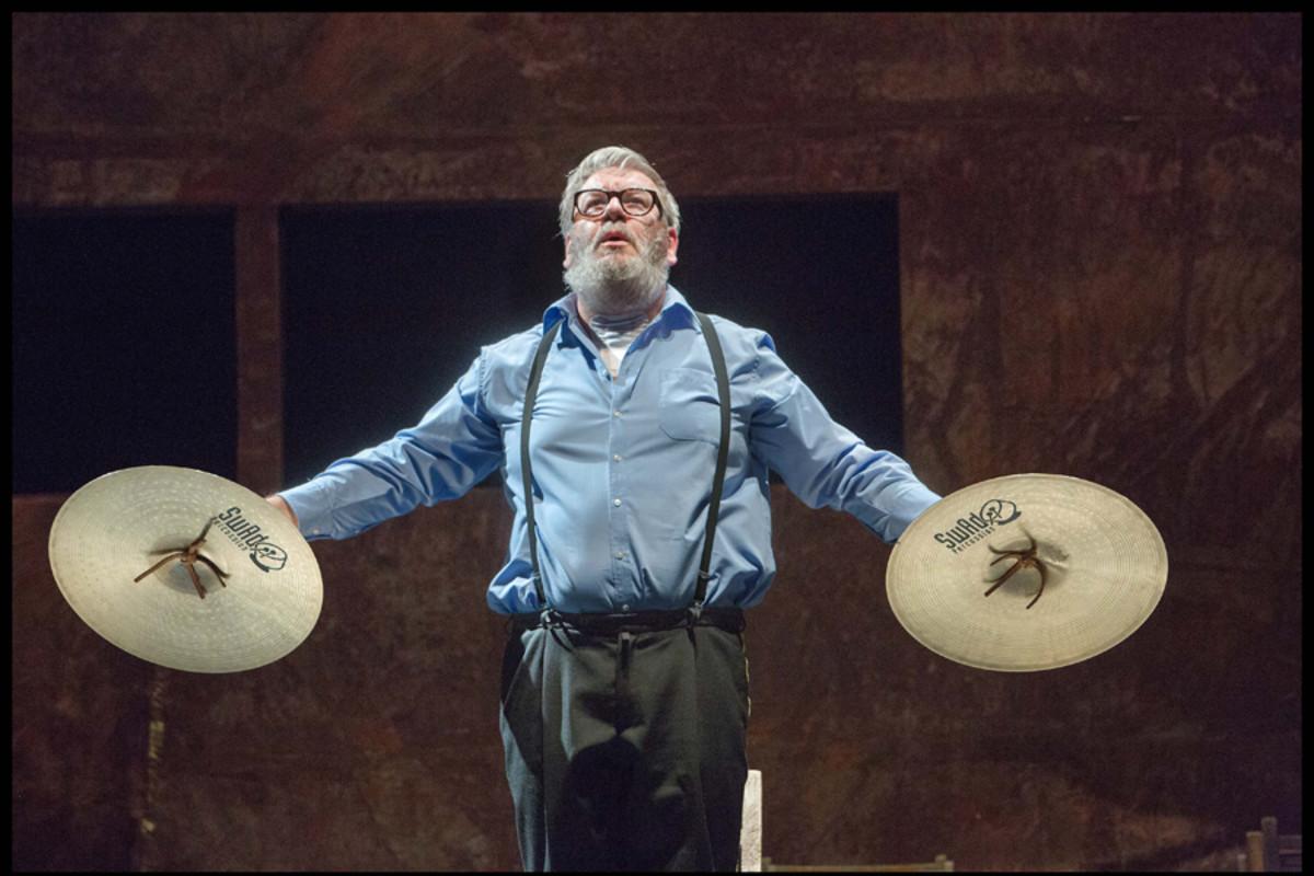 En Avant, Marche!, playing at Sadler's Wells (Photo: Phile Deprez)