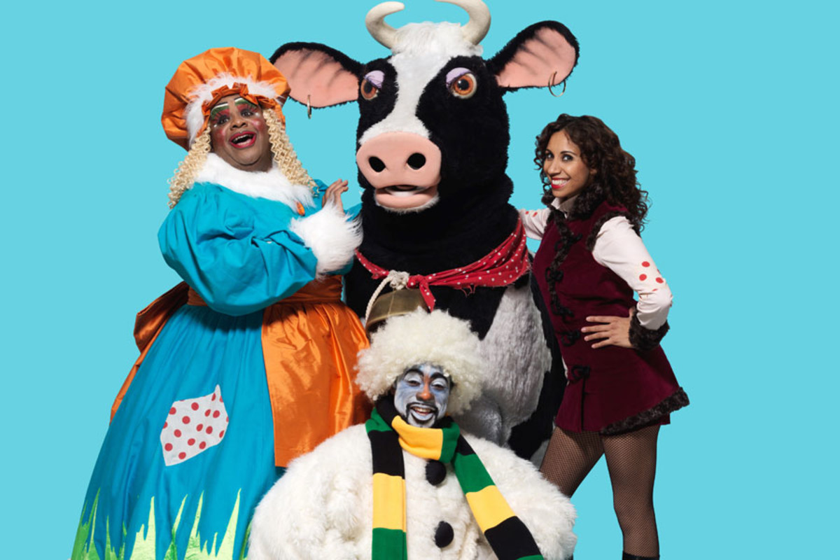 Stars of 2015's hit Jack And The Beanstalk at the Hackney Empire (Photo: Perou)
