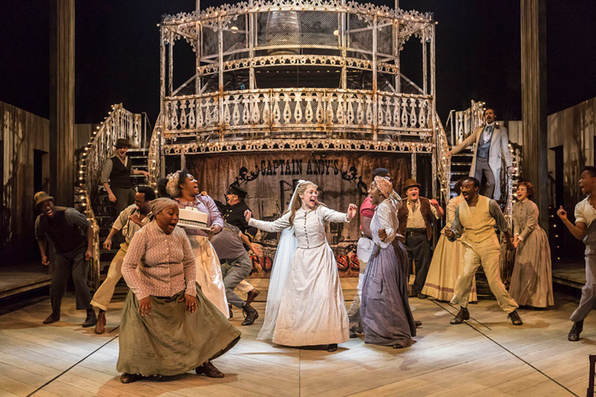 The original Sheffield Theatres cast of Show Boat